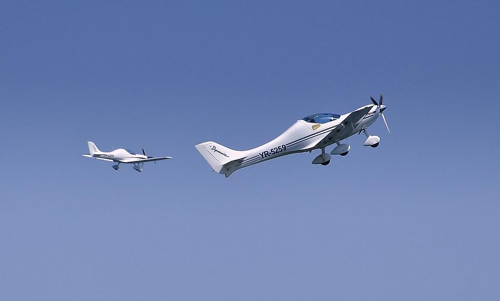 AeroNautic Show Surduc 2012 - Poze 7489939388_2e4fd1e69b_b