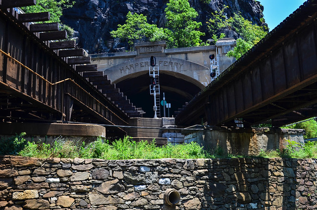 Harpers Ferry train bridge