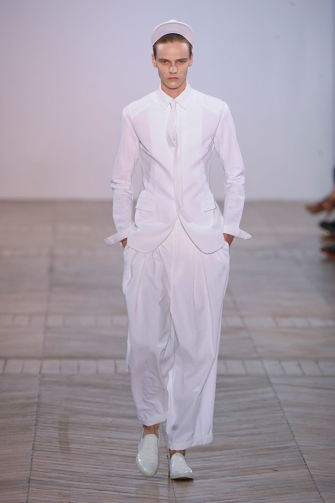 SS13 Paris Juun J.001_Bart Grein(fashionising.com)