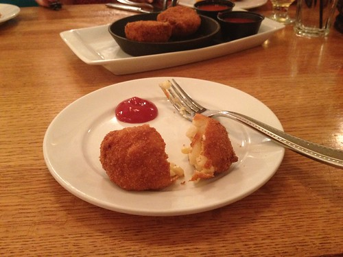 Deep fried mac in cheese