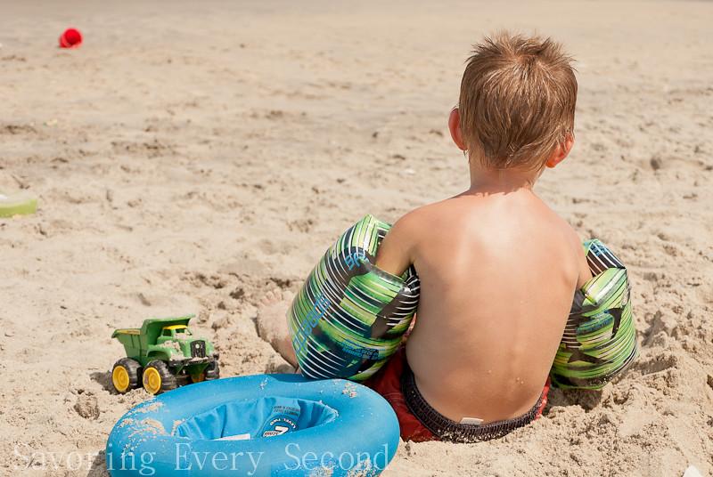 Beach Day-063.jpg