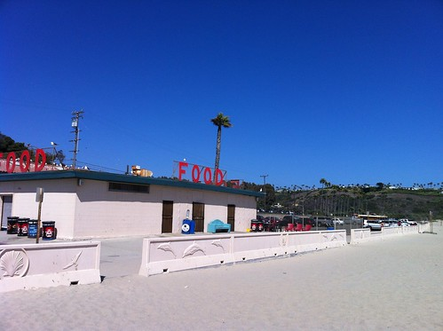 zuma beach :: retro looking concessions stand