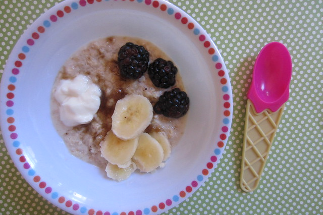 Addy eats: oatmeal, blackberries, banana, and Greek yogurt