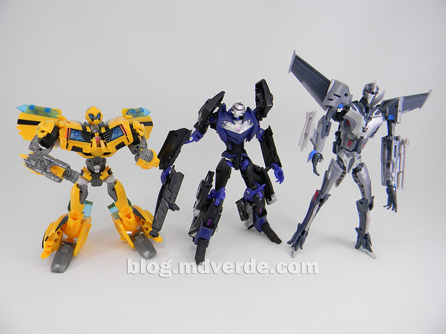 Transformers Vehicon Deluxe - Prime RID - modo robot vs Bumblebee & Stasrcream First Edition