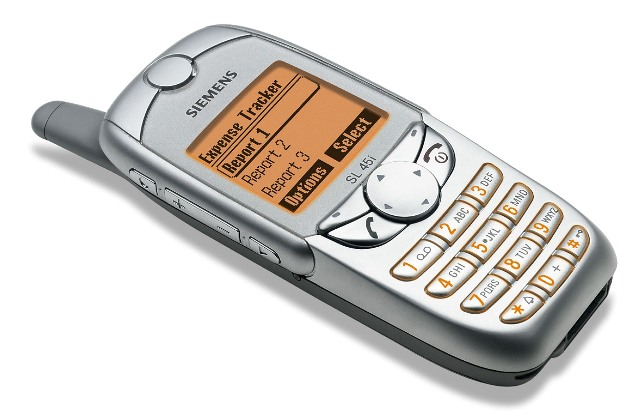 kali ini saya akan menyebarkan informasi perihal  10 Fakta Unik Industri Ponsel Dunia