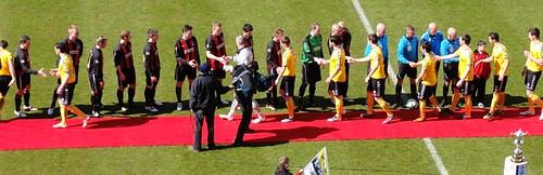 Crusaders FC and Derry City Hand shake