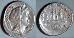 RRC 494/42b L.MVSSIDIVS LONGVS Mussidia Denarius. Concord, Shrine of Venus Cloacina with platform, 2 figures and altar. Rome 42BC.