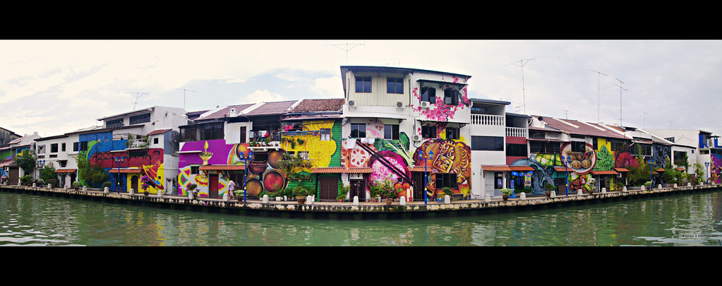 Side of the Melaka River