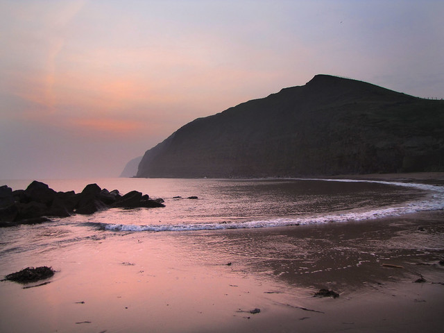 Misty sunrise a Skinningrove.
