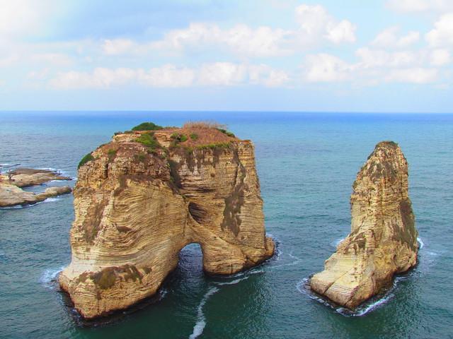 Pigeon Rock Lebanon Pigeon's Rocks Raouché