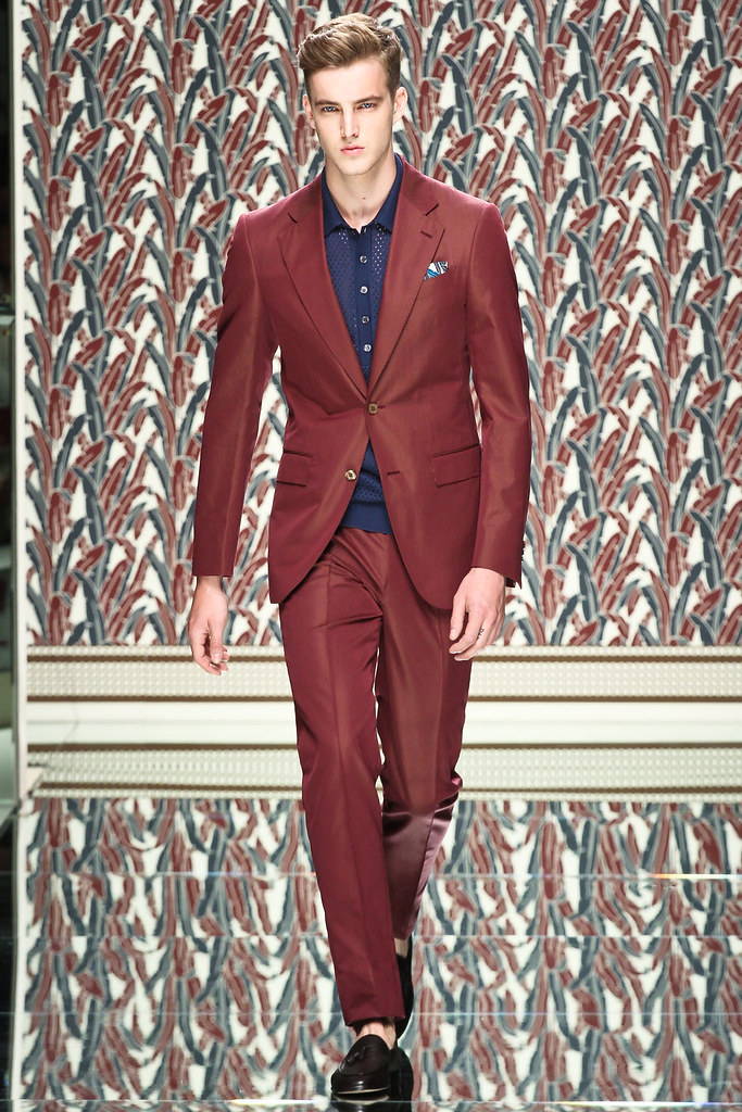 SS13 Milan Ermenegildo Zegna028_James Smith(VOGUE)