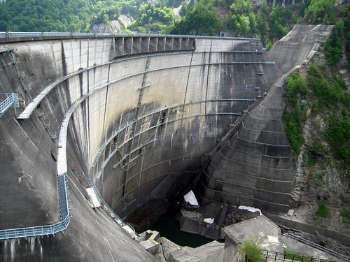 20120607 1438 Kurobe dam