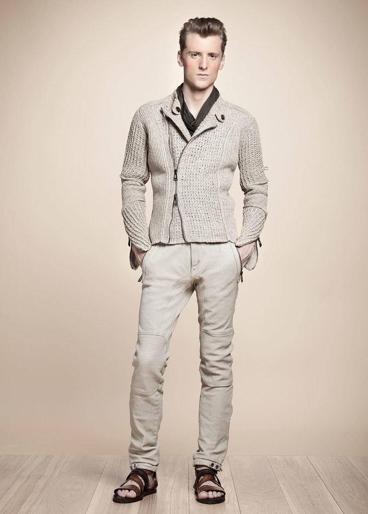 SS13 Milan Belstaff035_George Barnett(fashionising.com)