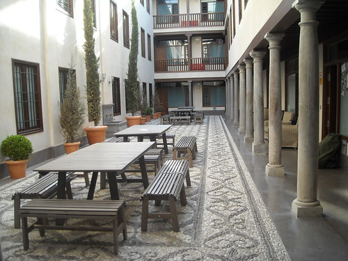 Granada Inn hostel