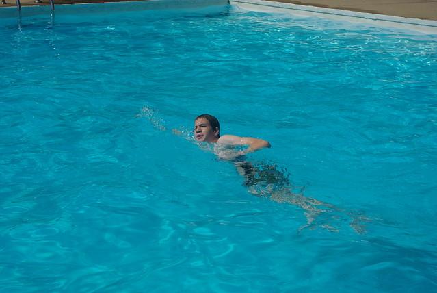 swimming 074