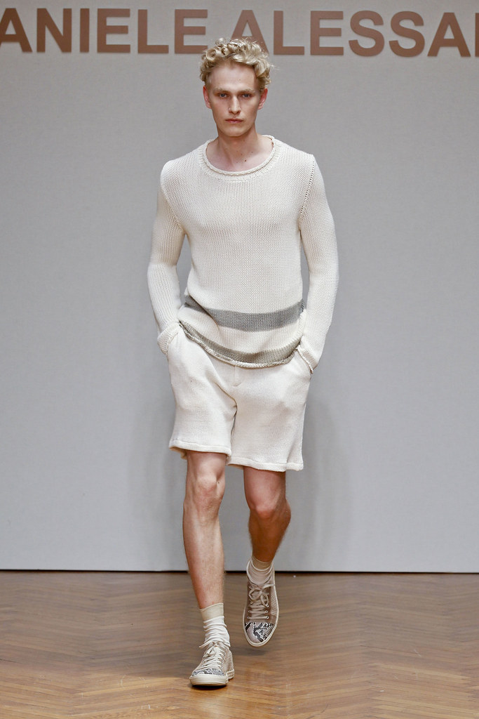 Gerhard Freidl3305_SS13 Milan Daniele Alessandrini(fashionising.com)