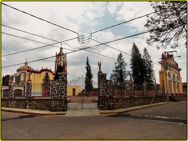 Templo del Barrio de Santiago Mixquitla, San Pedro Cholula,Estado de Puebla,México