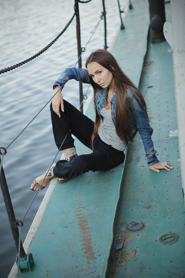 Выездная фотосессия девушки, www.kseniabur.com