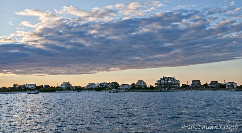 Sore Thumb, Long Island