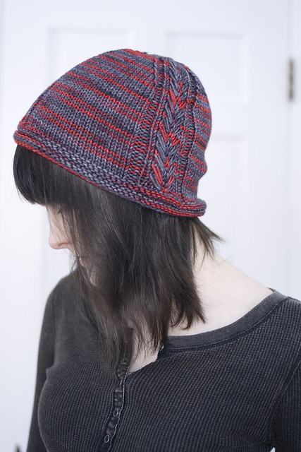 Quoth by Alexandra Tinsley - knitted hat pattern