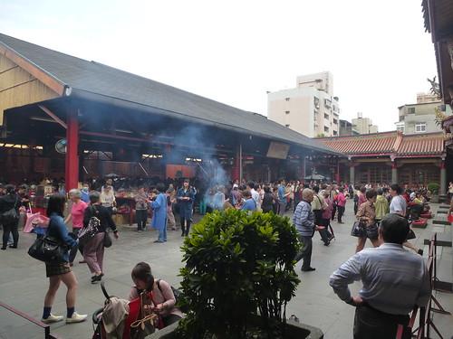 TW14-Taipei-Xingtian temple (4)