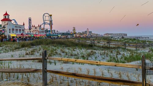 beach fence landscape us newjersey sand nikon unitedstates dune shore boardwalk oceancity amusements memorialday ocnj d7000