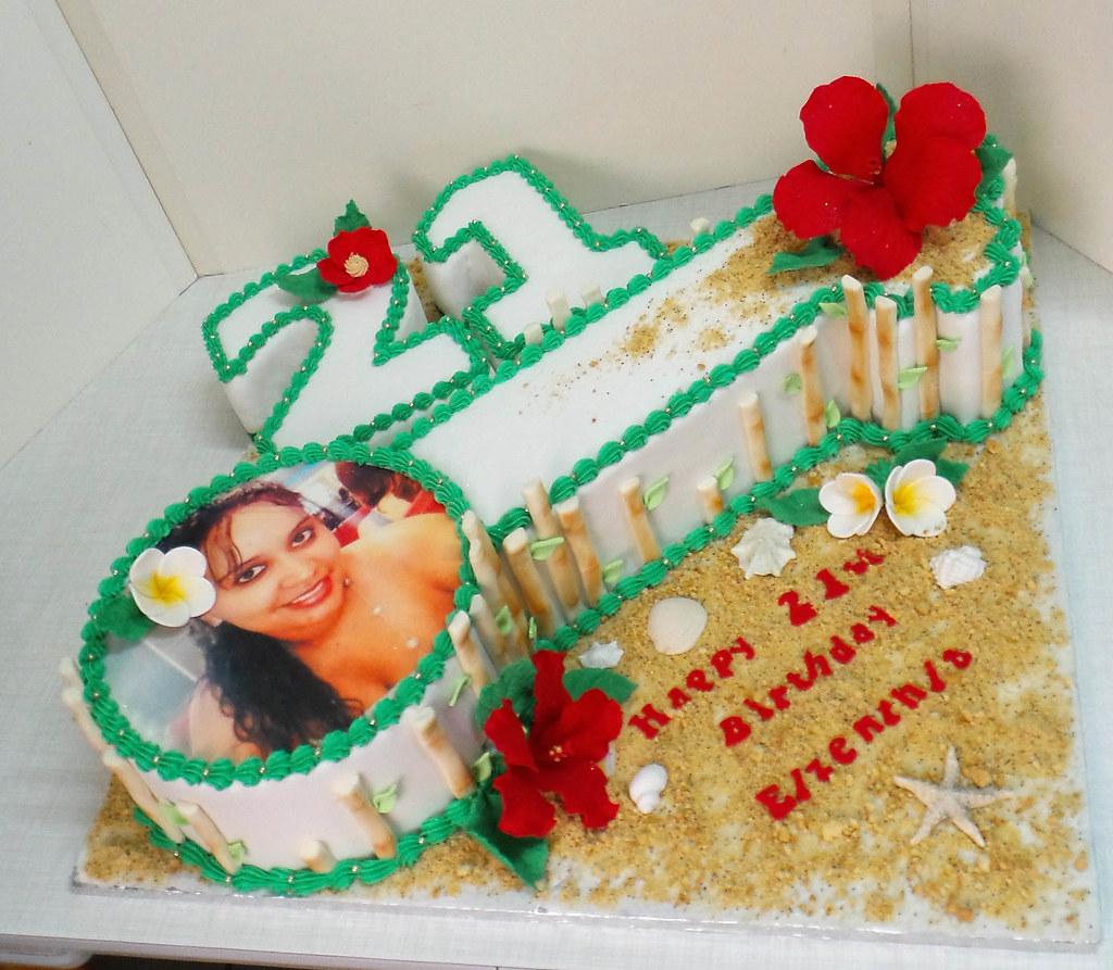 21st Key Shaped And Hawaii Themed Birthday Cake Willi Probst