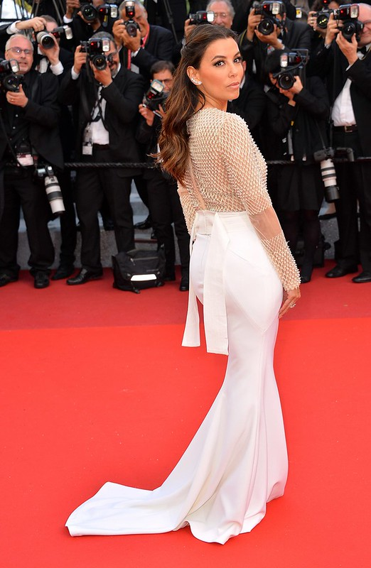 ss07-Eva-Longoria-cannes-red-carpet-best-dressed-2016