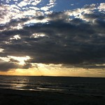 Skanes Serail Beach 海滩与 1646 米的长度 的形象. sunset sea beach clouds monastir