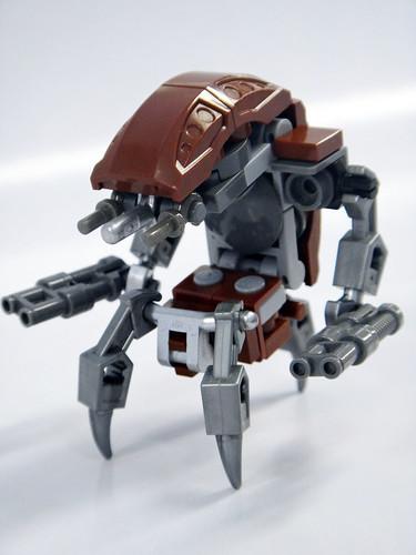 LegoDestroyerDroid01 by madLEGOman