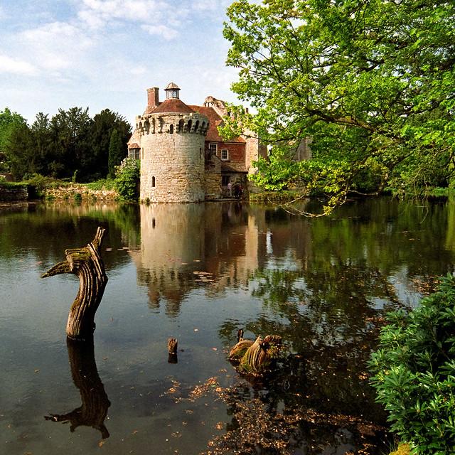 Scotney Castle Landscape Gardens Kent Uk Reflection Of