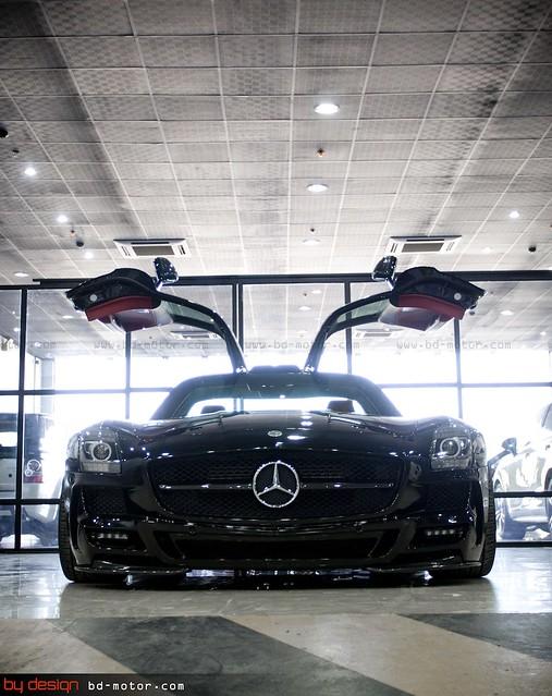 Mercedes Benz SLS x3 By Design Saudi Arabia 011.jpg