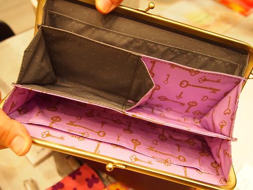 エッセイスト柳沢小実さんと作ったしあわせ運ぶひとつでふた役がまグチ財布の会 ネイビーxピンク