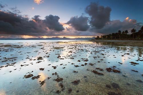 sunset mountains reflection fiji clouds geotagged flat mud vitilevu suva tidal geo:lat=1815740236159377 geo:lon=17842340348663333
