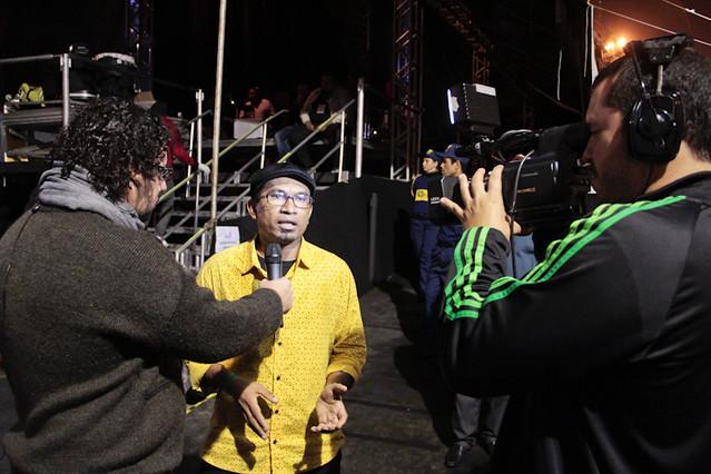 Maciel Salu nos bastidores do Palco Guadalajara. Foto: Olívia Leite