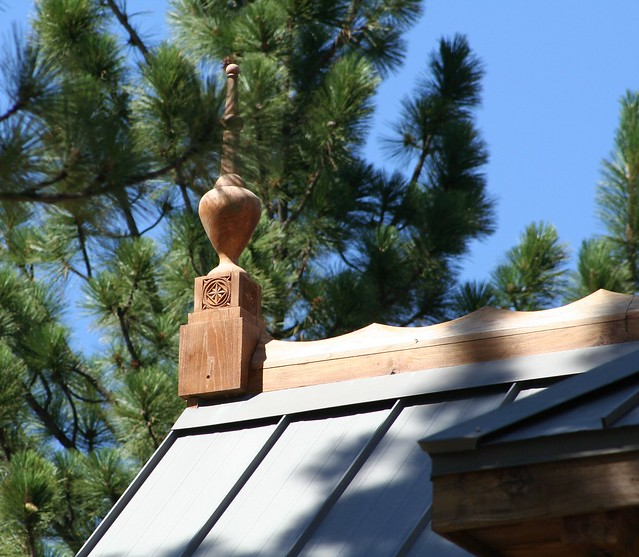 Prussian roof finial with norwegian chip carving