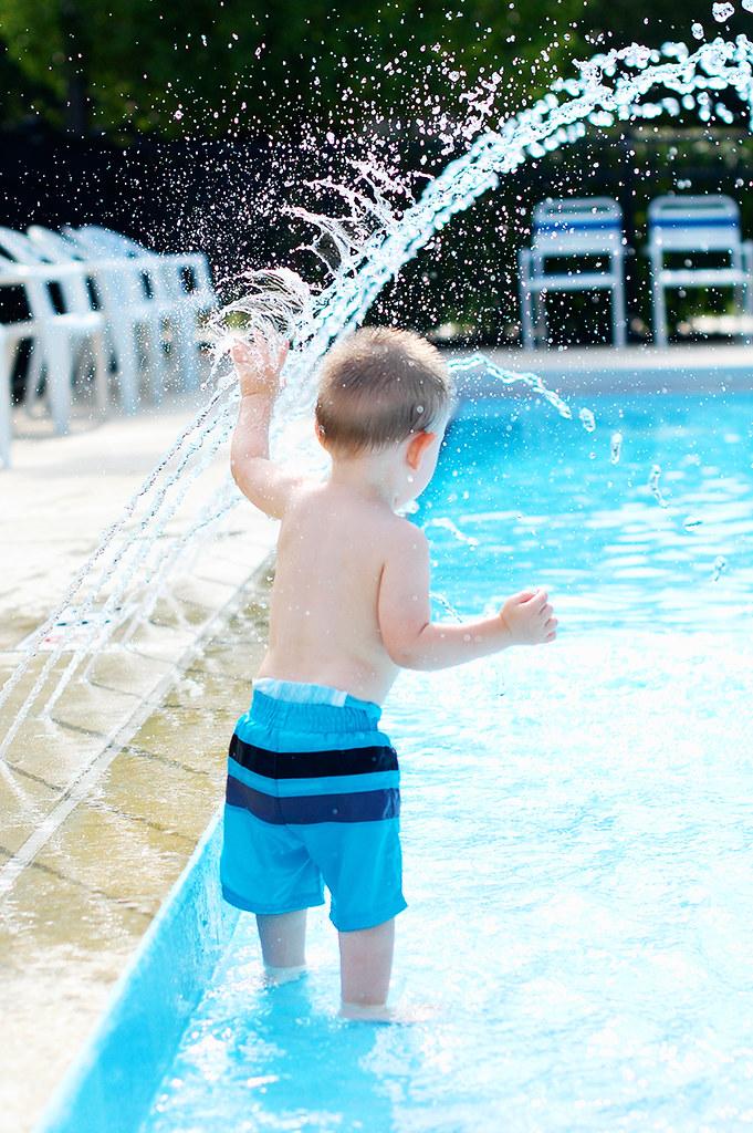 isaac swimming_20