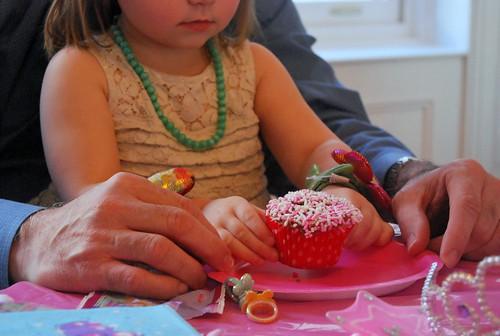 Funfetti Cupcakes - Sadie-001