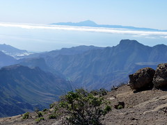 Gran Canaria - Mount Teide seen from Roque Nublo