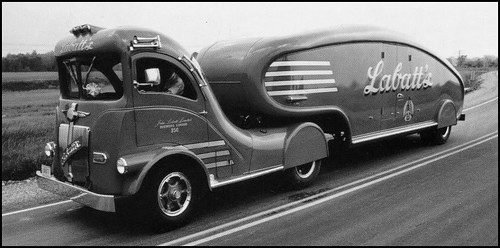 1947 White Labatt's Streamliner