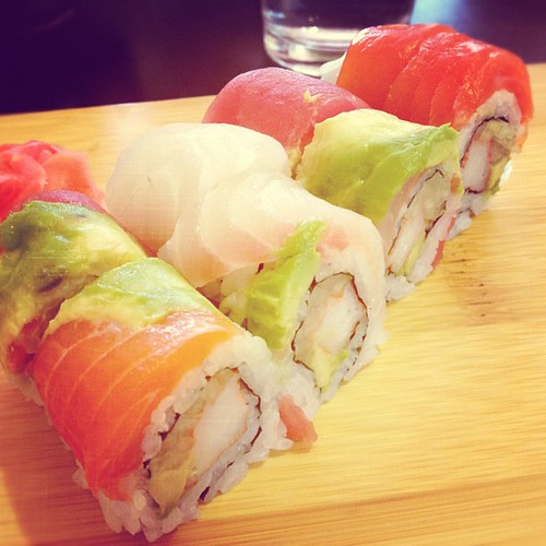 Rainbow roll at Osaka House