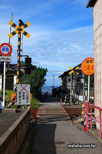 JR 氷見線 / 雨晴海岸