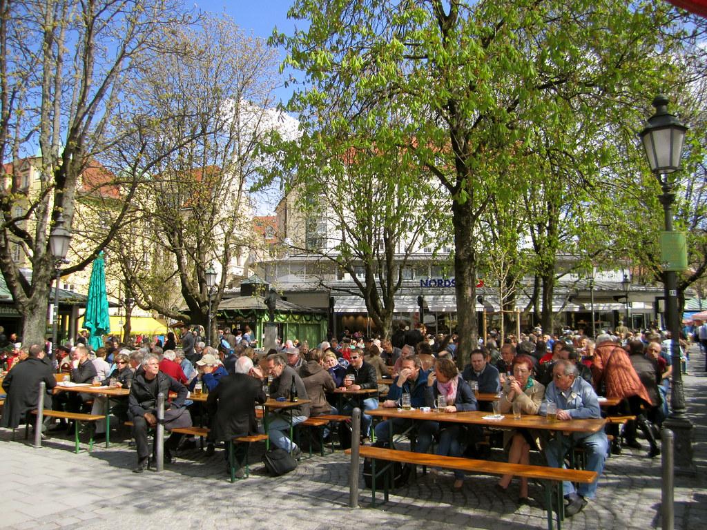 Beer garden, Viktualienmarkt