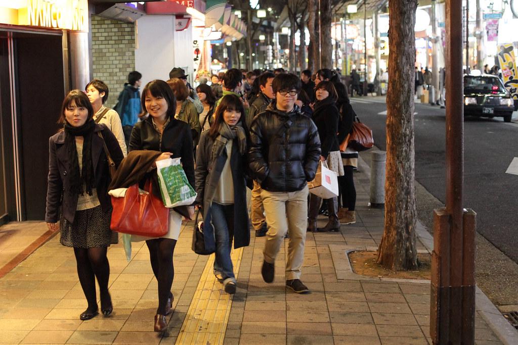 Kitanagasadori 1 Chome, Kobe-shi, Chuo-ku, Hyogo Prefecture, Japan, 0.017 sec (1/60), f/3.5, 50 mm, EF50mm f/1.4 USM
