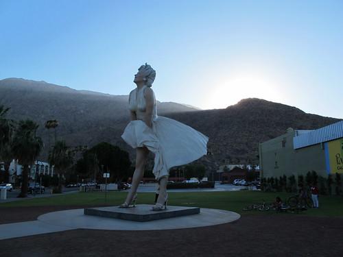giant Marilyn Monroe