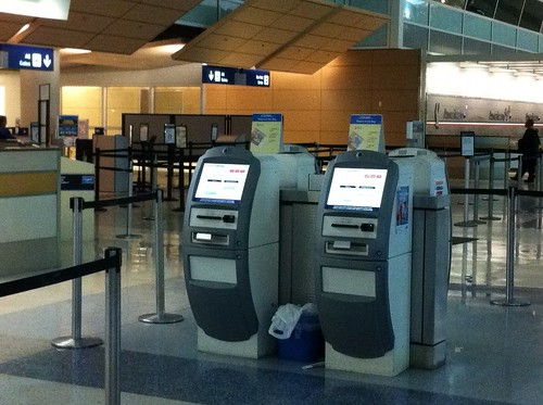 American Airlines Now You Can Tag Your Own Bag In Orlando