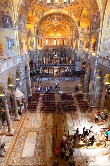 Basilica San Marco interior