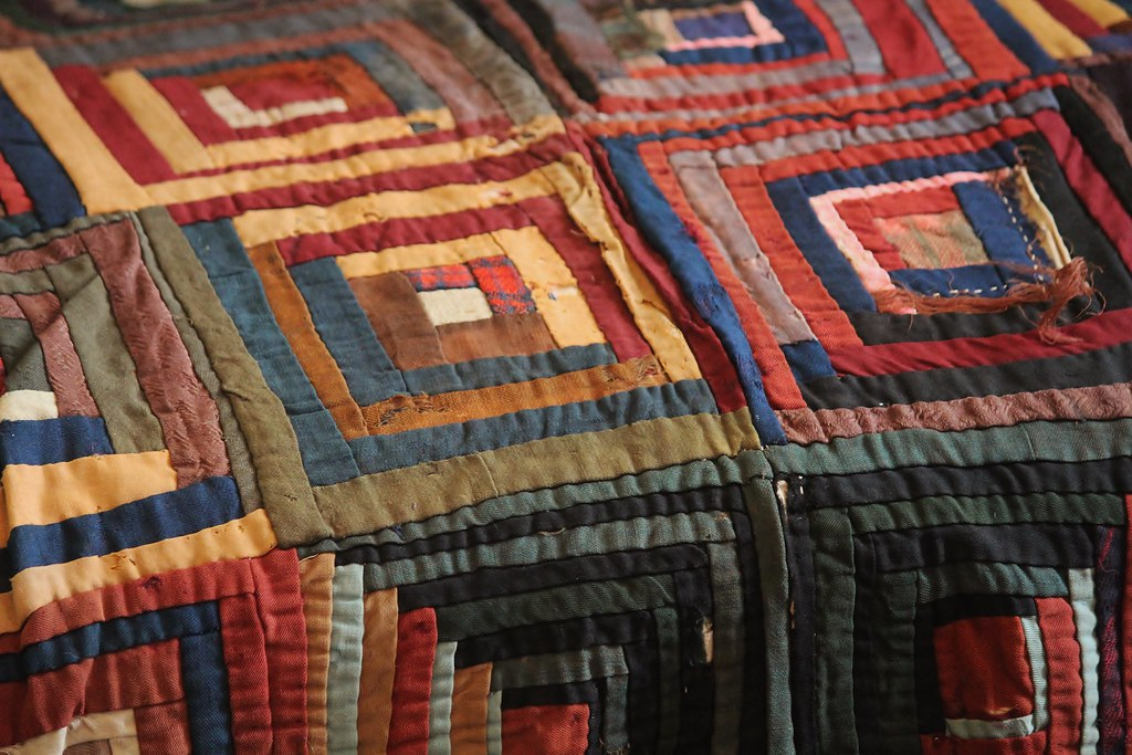 Delicieux Traditional Log Cabin Quilt
