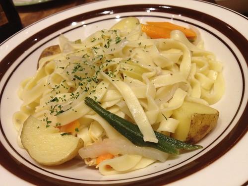 ムール貝のスープで作ってもらったパスタ@ブラッスリーセント・ベルナルデュス
