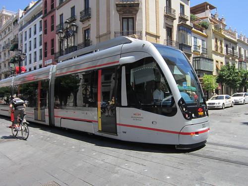 セビーリャの路面電車 2012年6月6日 by Poran111